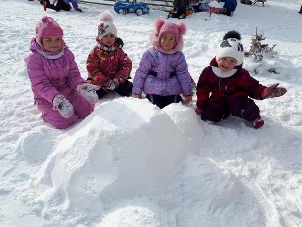 играем со снегом